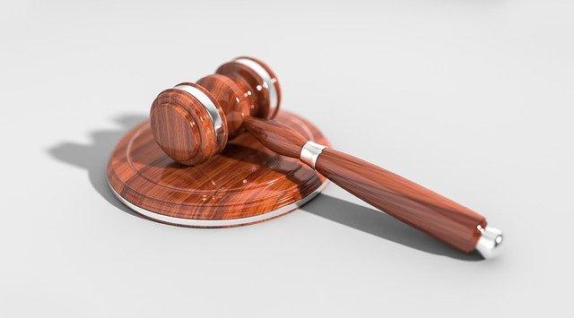 Czego powinniśmy oczekiwać od słusznego adwokata?